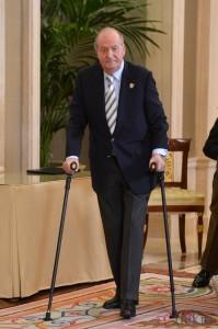 El Rey Juan Carlos abdicará durante 2014