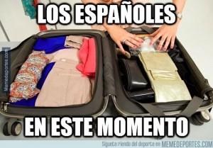 Meme España haciendo las maletas