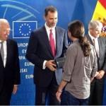 Pablo Iglesias le hace un spoiler de Juego de Tronos a Felipe VI