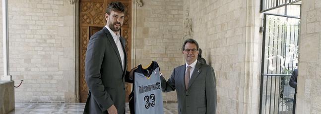 Marc Gasol con Artur Más