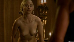Emilia Clarke desnuda Game of Thrones